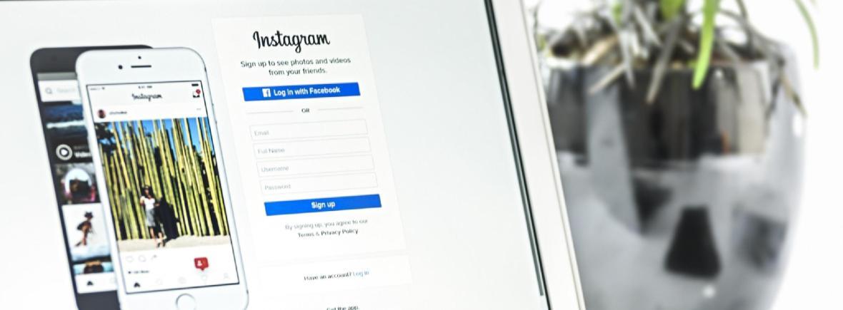 Gestão do Facebook, Instagram, Twitter outra rede social